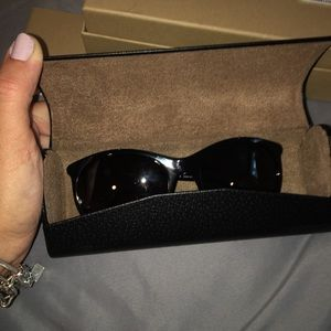 Burberry Sunglasses(best for small frame face)
